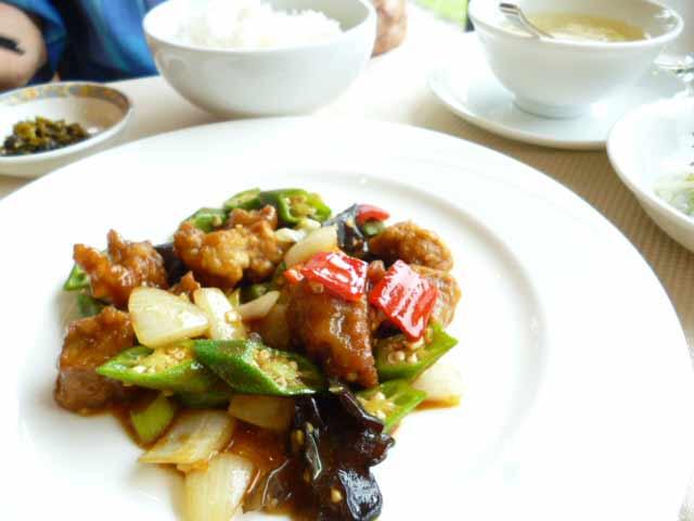豚肉とオクラのカレー炒め