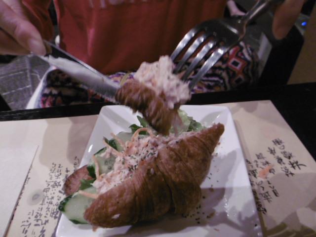 天然酵母クロワッサンサンド(ツナサラダ)
