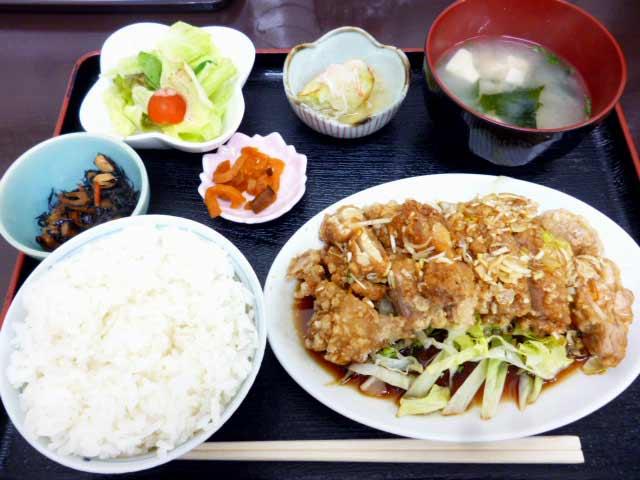 油淋鶏定食(ユーリンチー)