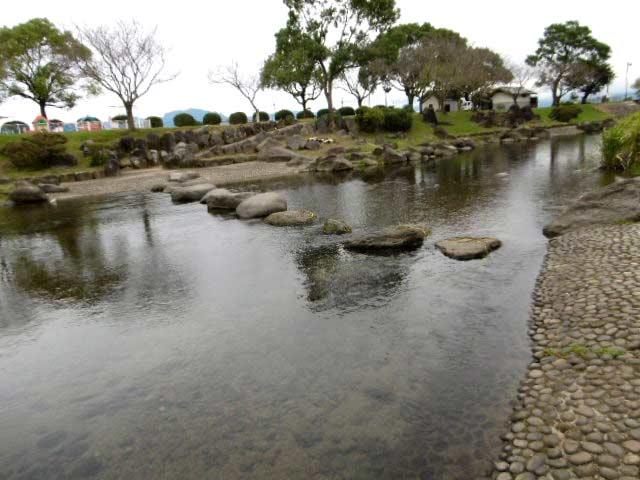 鴨川湖畔公園3