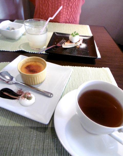紅茶とグレープフルーツジュース100%