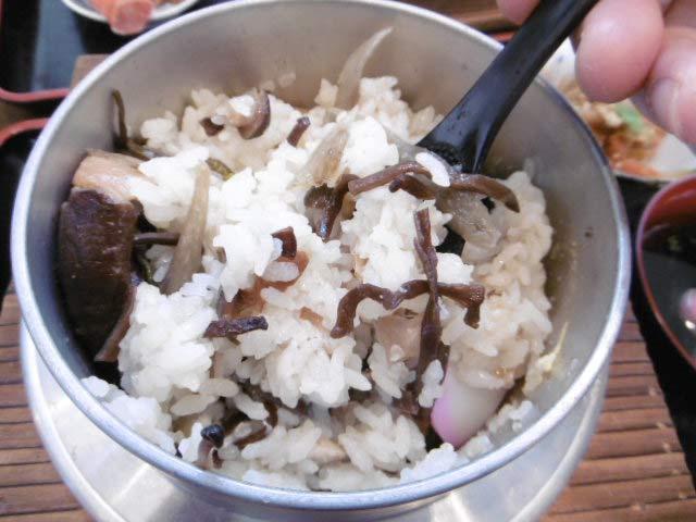 釜飯の美味しい食べ方1