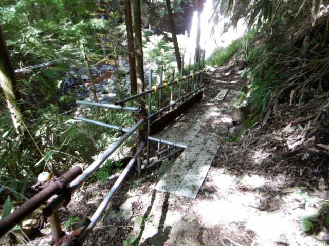 清水滝への道2