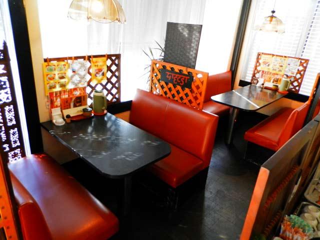 カレーハウス 印度亭 テーブル席