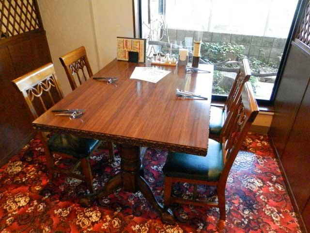 黄龍 テーブル席
