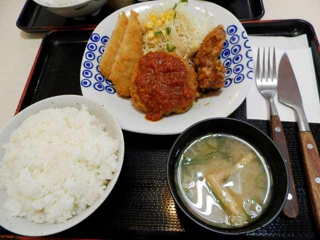 銀シャリ亭 ハッピー定食