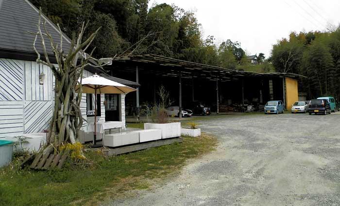 SLOW GELATO スロージェラート 駐車場