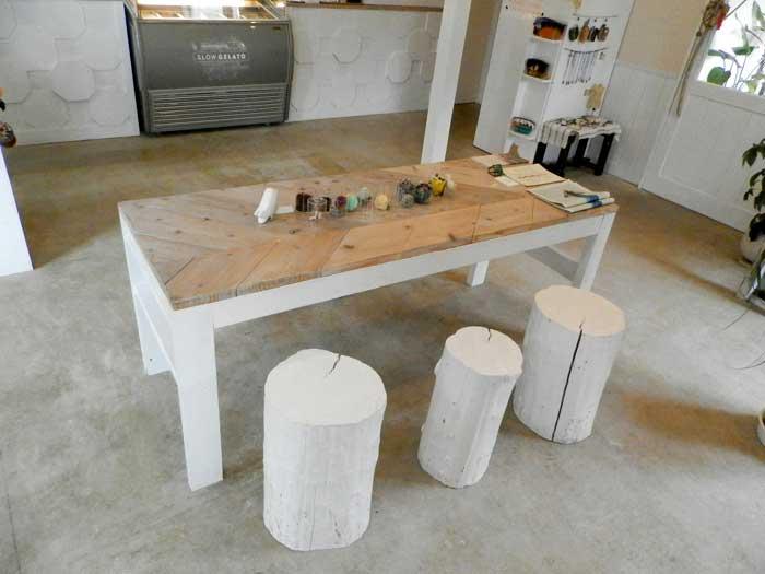 SLOW GELATO スロージェラート テーブル席