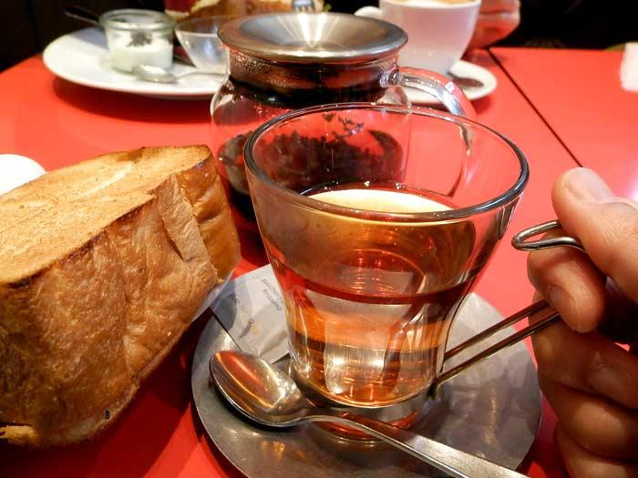 ブリオッシュ ドーレ 紅茶
